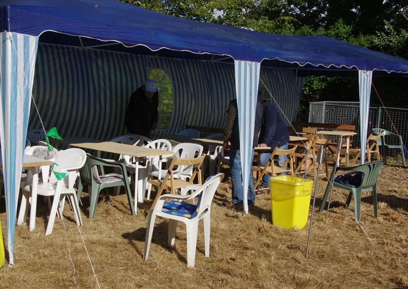 Stort tak også til Benno, Hans og Hans for hjælp med telt, borde og siddepladser