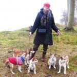 Mig med Gaia, Niisa og Tokke og Jyttes hunde Veli og Donna