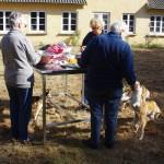 Intet træf uden forberedelse. Hjælpen kom fra både Sverige Tyskland og Sønderjylland. Stort tak til Barbro, Monika og Sonja der vaskede og snittede alle grøntsagerne til det lækre salatbord